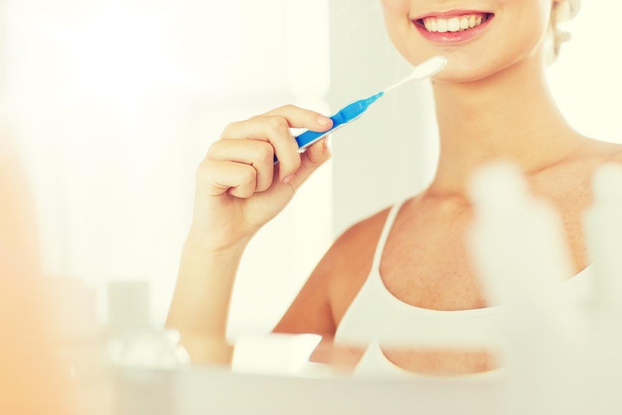 [新聞] 早晚刷牙,牙齒卻幾乎掉光!原因竟然是..